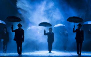 Theaterperformance Belgian Rules von Jan Fabre im Teatro Politeama